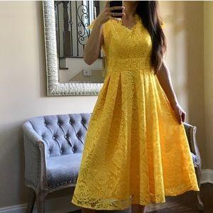 🆕✨Leslie Fay Midi Lace Dress
